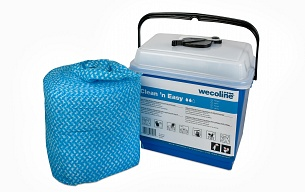 Wecoline Clean 'n Easy ready to use impregnated cloths and floor mops